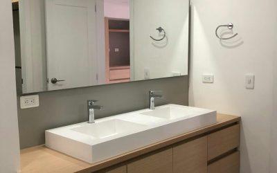 ¿Qué material elegir para las superficies de tu baño o cocina?